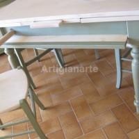 tavolo attrezzato verde avorio