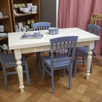 tavolo-classico-color-latte