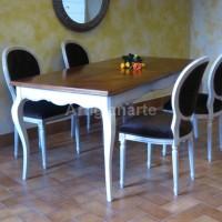 tavolo provenzale bicolore con poltroncine (1)