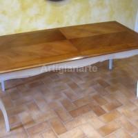 tavolo provenzale bicolore con poltroncine (3)