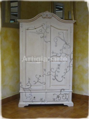 Finest pin come dipingere un armadio fai da te mania on with come dipingere un mobile - Decorare un armadio ...