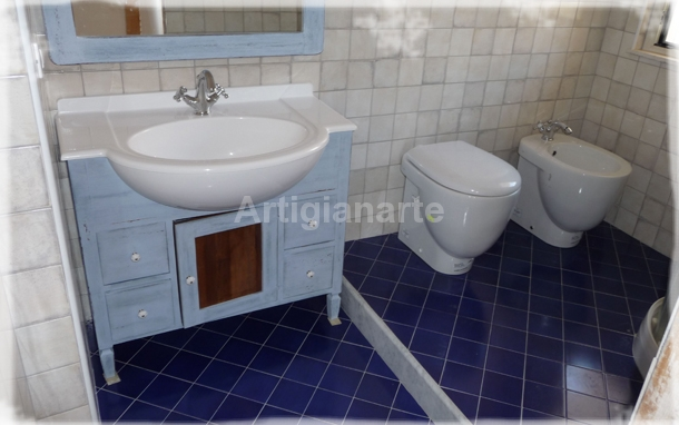 Mobili bagno stile country gallery of bagno stile country bagno