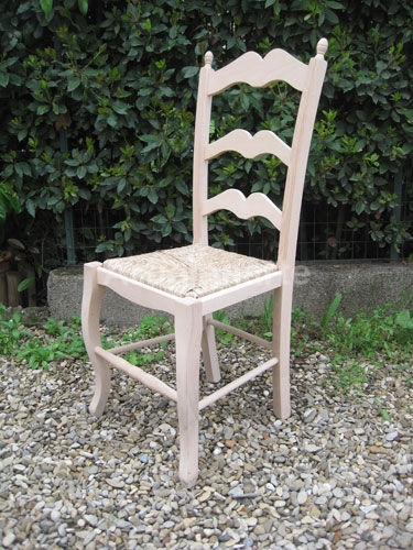 Mobili grezzi firenze for Decorare sedia legno