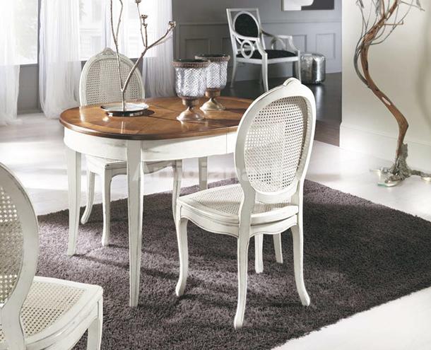 Tavolo ovale marsiglia artigianarte for Tavoli e sedie da soggiorno