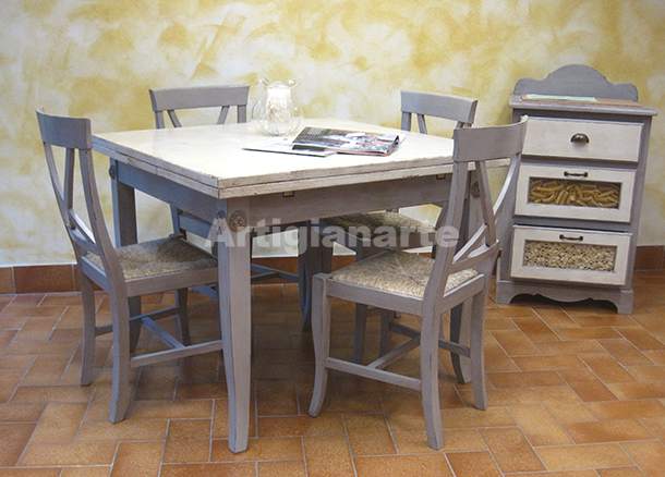 Come acquistare un tavolo in legno grezzo per la tua cucina for Tavoli per cucina in legno