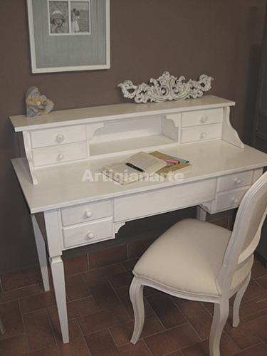 scrivania-con-alzatina