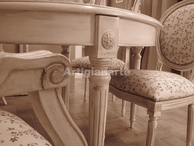 Straordinari mobili per un soggiorno shabby chic da favola for Sedie shabby chic ikea